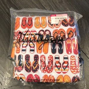 New Thirty-One Picnic Thermal Tote Fun Flops